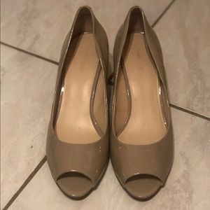 Nine West peeptoe wedges